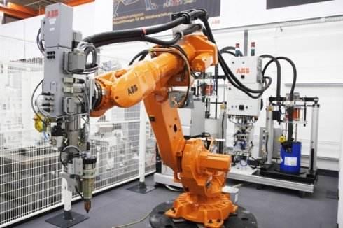 润滑油在工业机器人发展中的重要性