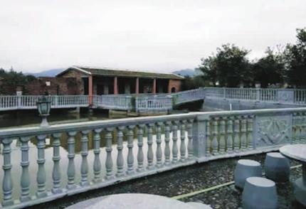 流线型廊柱