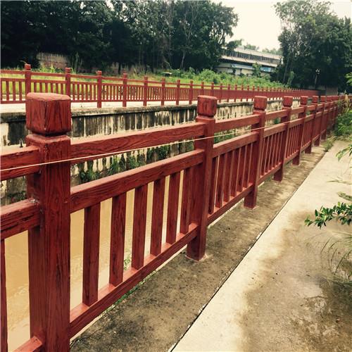 常用的仿木栏杆原材是什么