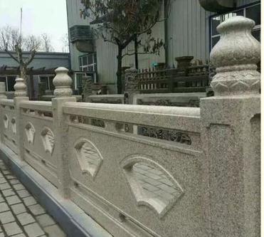 仿石栏杆安装