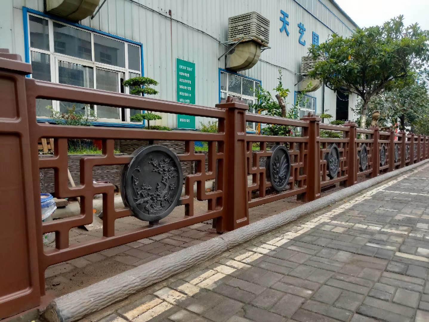 仿木雕花栏杆