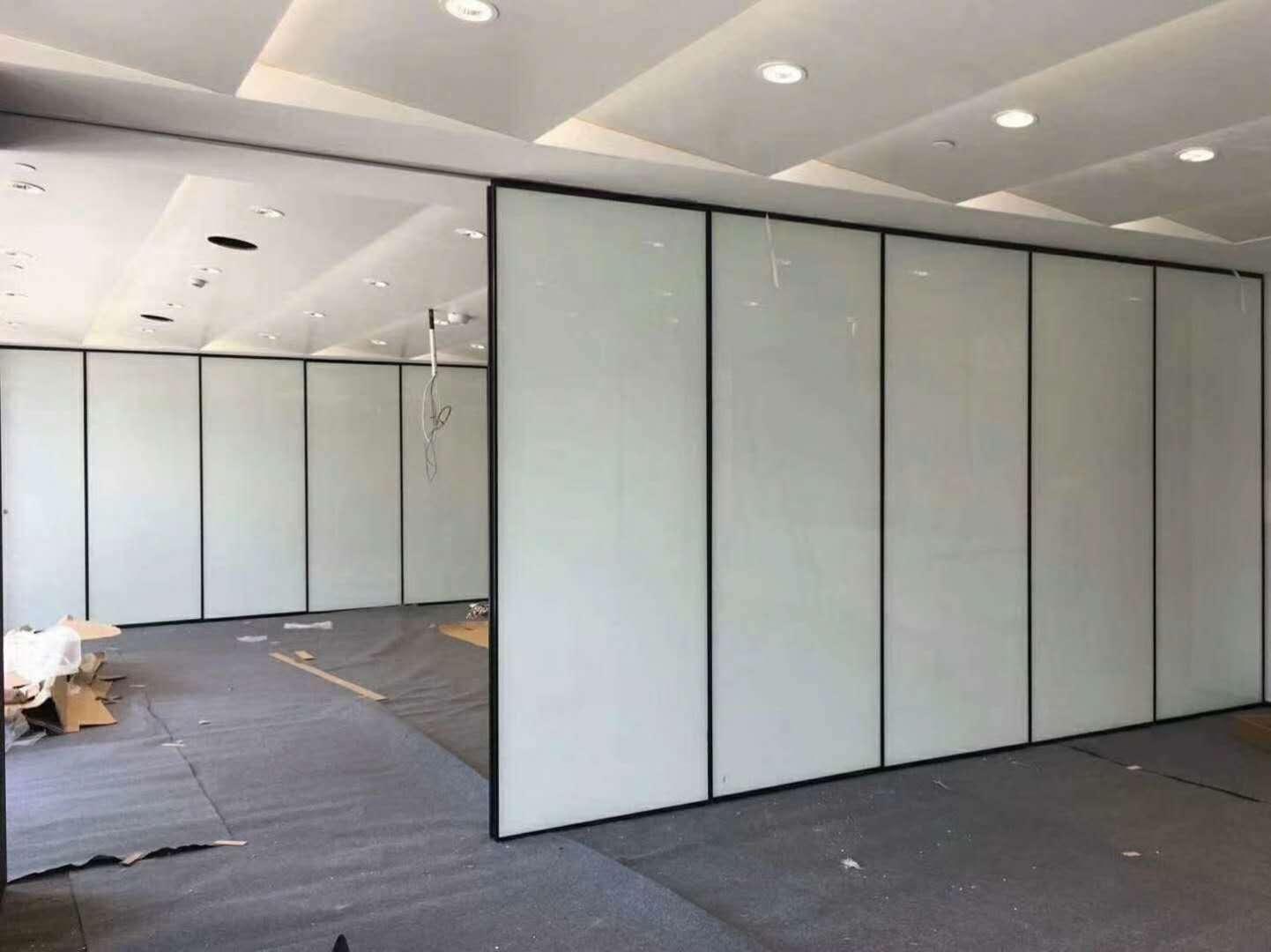 超白玻璃表面