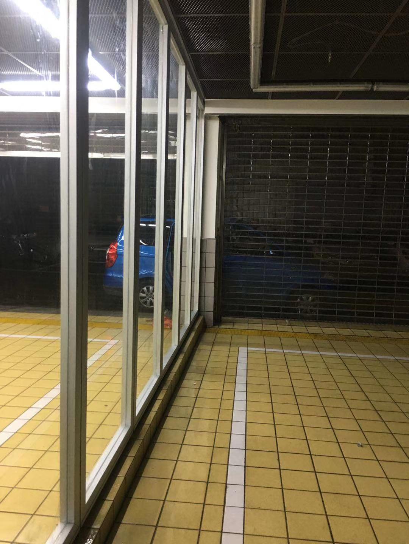 带框玻璃移动隔断