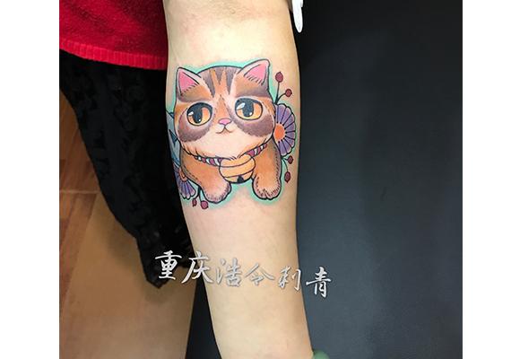 彩色猫纹身