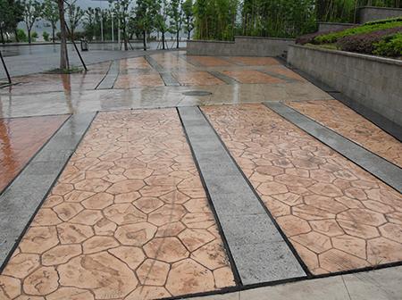 重庆万州体育馆彩色混凝土施工