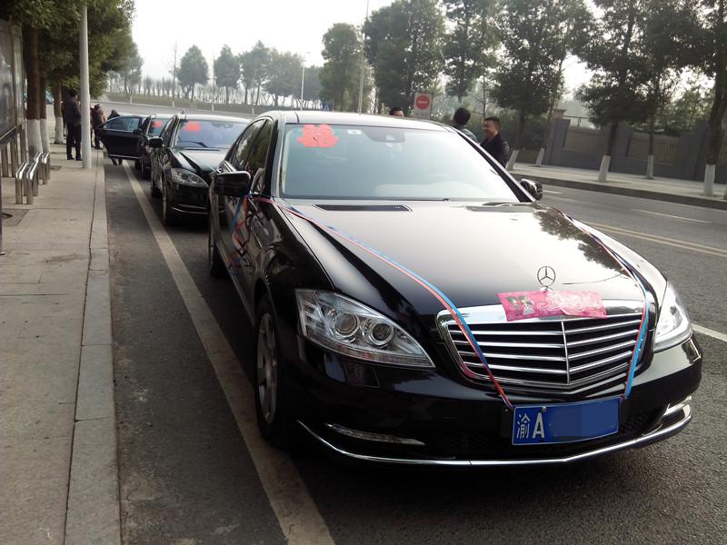 重庆黑色婚车出租
