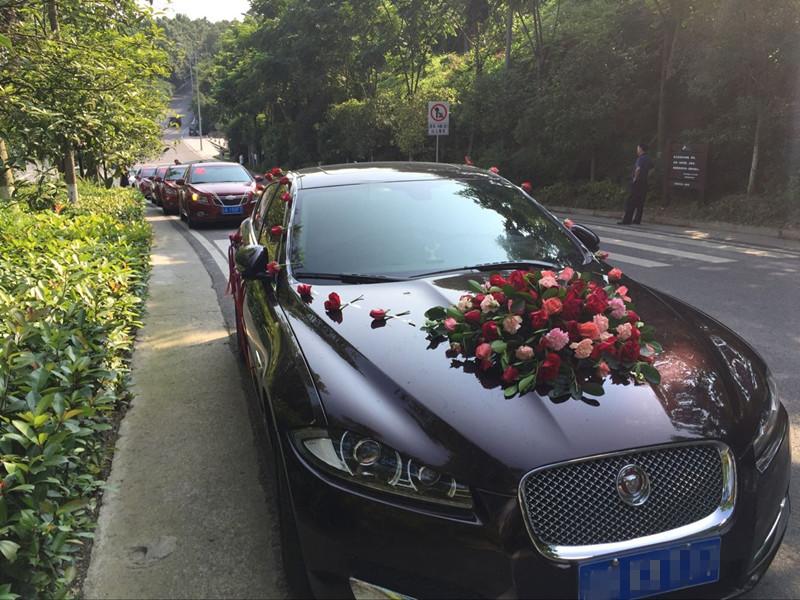 捷豹XF+科鲁兹 车队