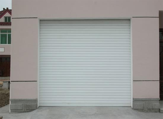 重庆某小区不锈钢卷帘门安装