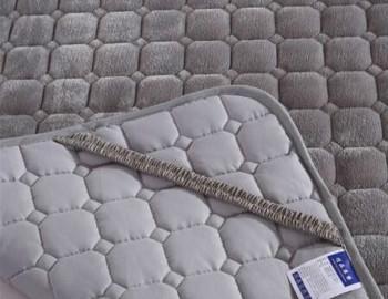 法兰绒保护垫
