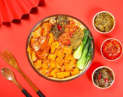 千叶豆腐拼鸡腿拌饭