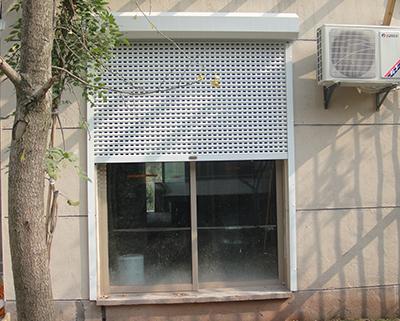 美院別墅區區2-6歐式卷簾窗安裝