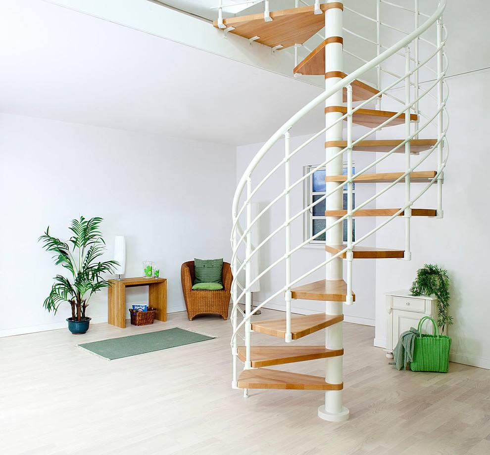 鐵藝旋轉樓梯
