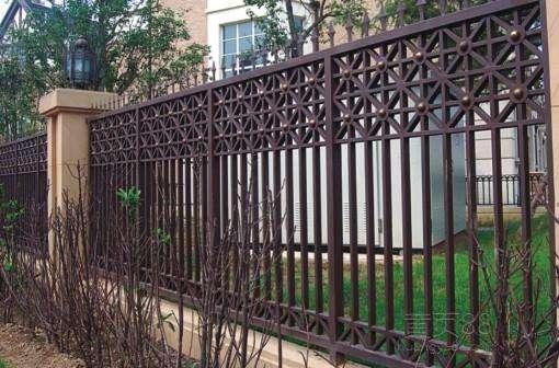 熟鐵護欄表面的裝飾性效果油漆豐富多彩