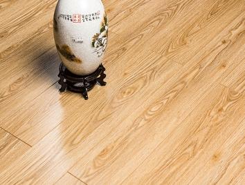 实木复合地板在市场畅销的原因