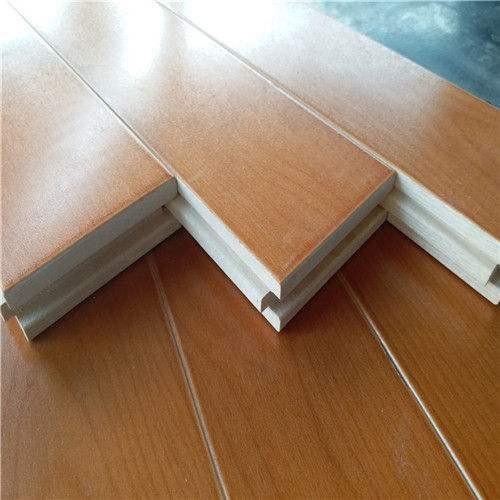 關于木地板行業是怎么慢慢向高端發展的