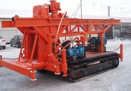 冬季如何坐好工程钻机的保养工作