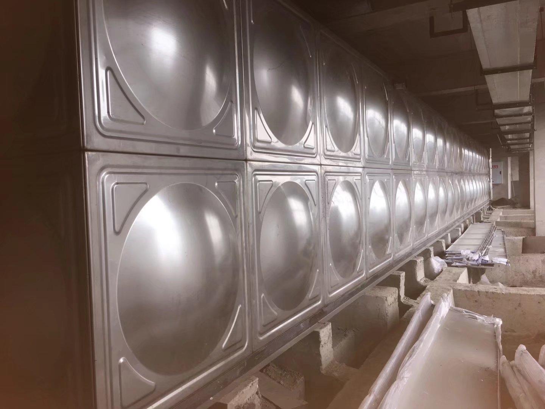 304不鏽鋼水箱