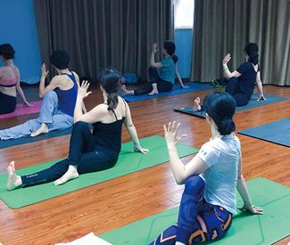 重庆瑜伽教练培训班
