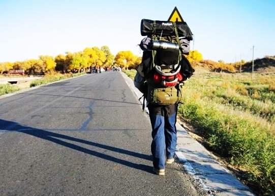 新手應該如何選擇旅行背包