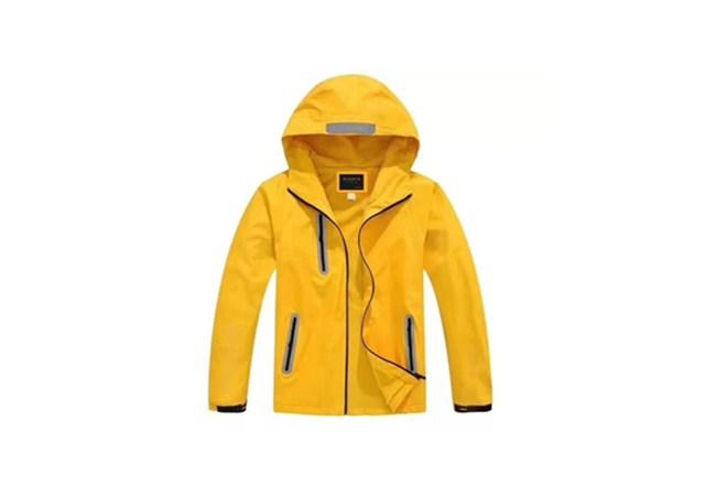 高端冲锋衣系列黄