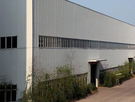 不间断电源为工厂提供配套服务