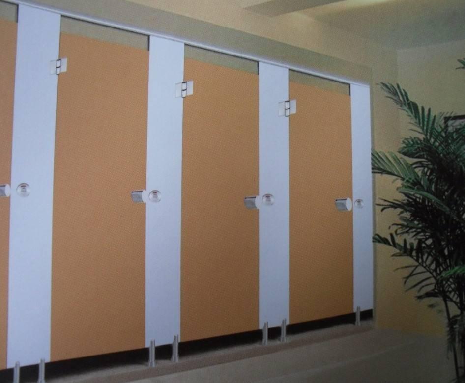 卫生间隔断厂家总结选择金属卫生间隔断的七大