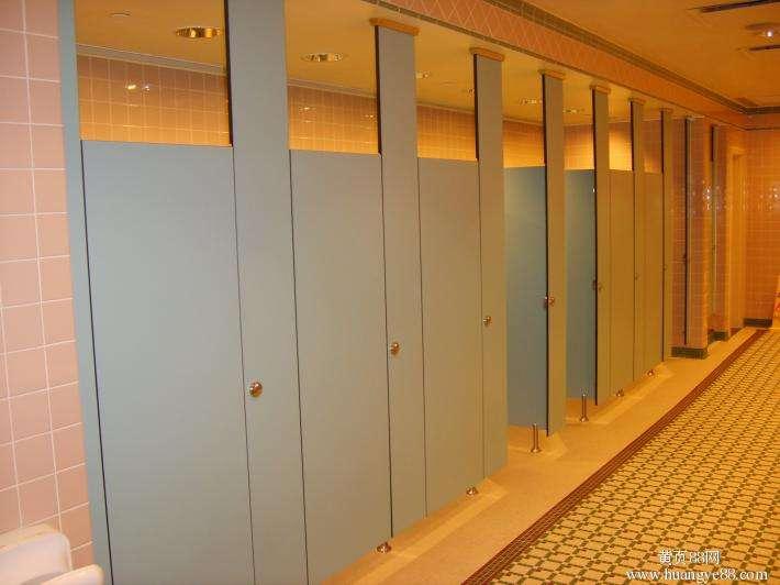 重庆卫生间玻璃隔断有那些不容小觑的优势?