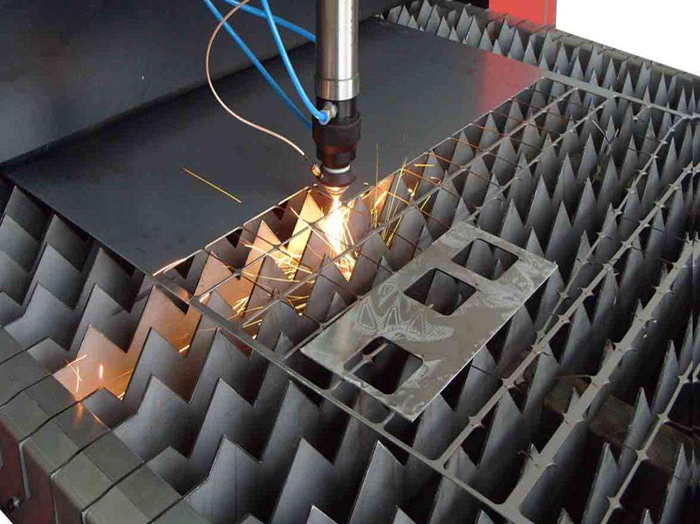 不锈钢激光切割激光的亮度如何提高