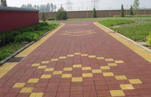 金科小区路面砖施工