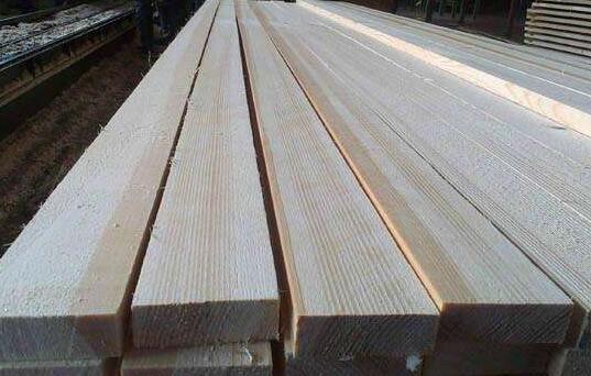 云杉板材有哪些特点?
