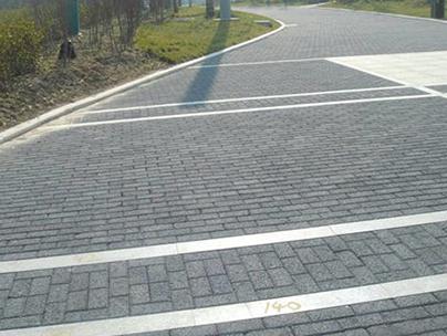 生态透水砖出现给城市带来了很大的便利