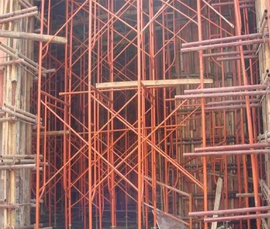 钢管架搭建需要注意哪些事项