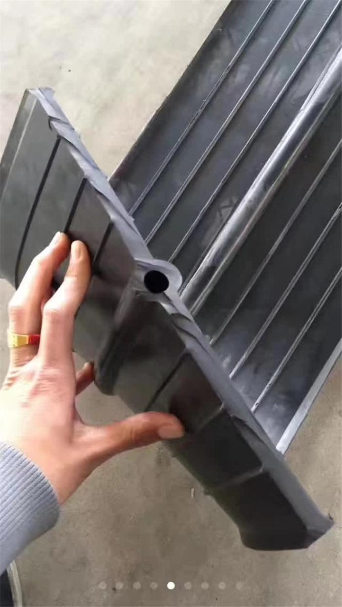 止水钢板施工完后洞口怎么处理?