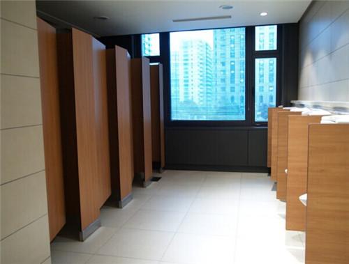 卫生间挡板
