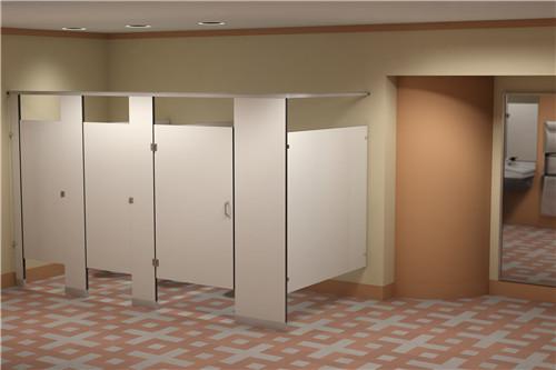 卫生间小便挡板安装