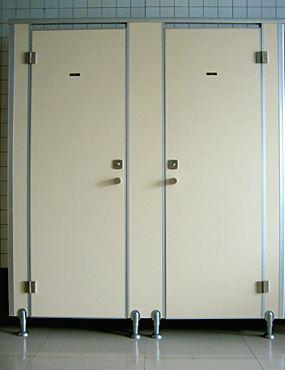 卫生间隔断五金配件的选择方法