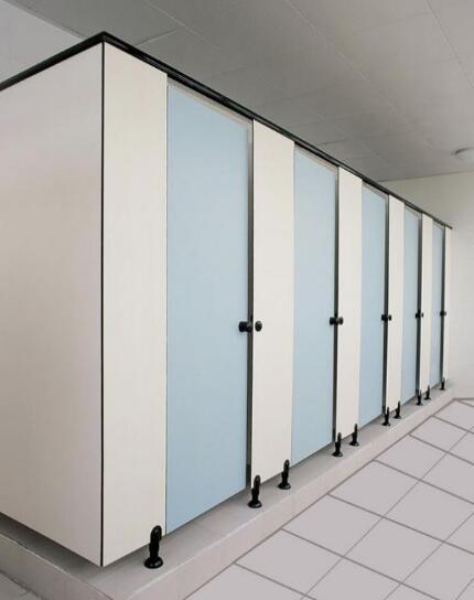 影响厕所隔断卫生的三大原因