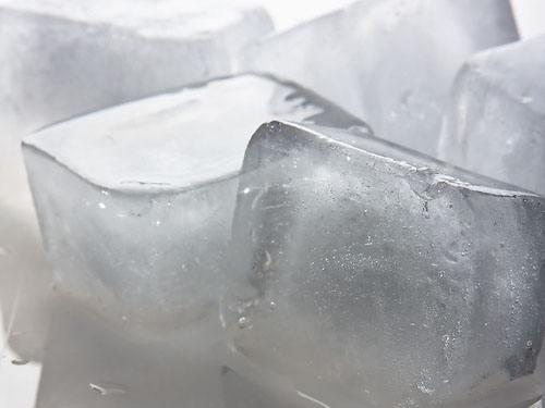 干冰的运用和食用干冰如何保存