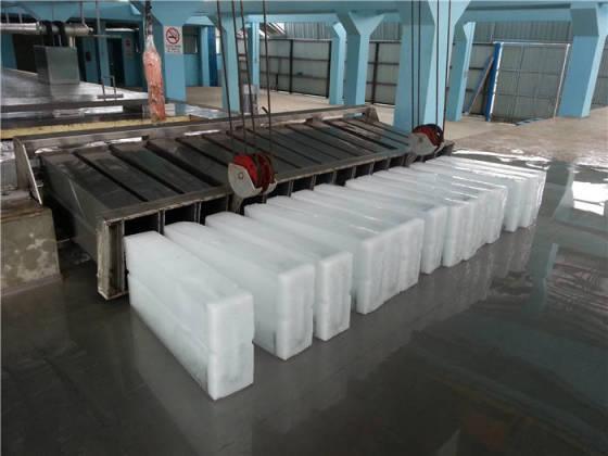 利用工业用冰为水产品保鲜降温的包装方法