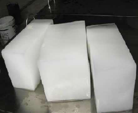 降温大冰块已经成为食品运输不可缺少的产品