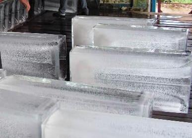 冰块为什么要做那么大的原因