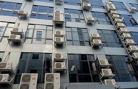 空调外机噪音大的原因