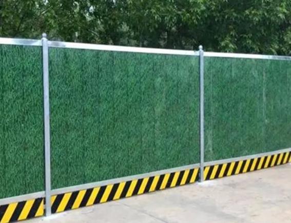 工地绿色围挡网有什么特点?