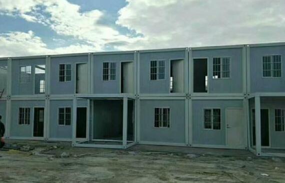 在自己空地上放置集装箱房屋属于违法建筑吗?