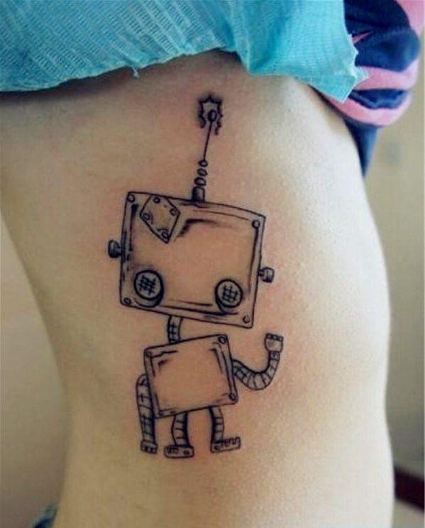 时尚一幅女生腰部小机器人纹身图片