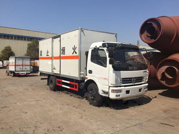 江铃单排2.8吨国五民用爆破器材运输车