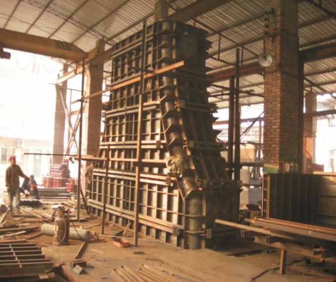 重庆桥梁挂篮厂家分享钢模板的使用安全的要求