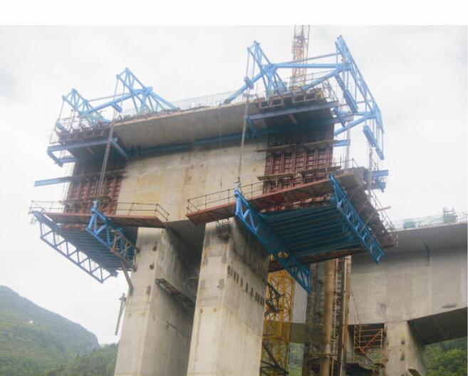 黄蒲高速项目桥梁挂篮施工前移