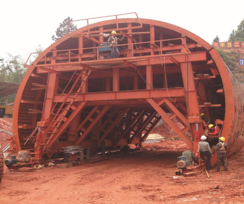 重庆桥梁挂篮厂家分享建筑木模板与钢模板相比有什么优势?