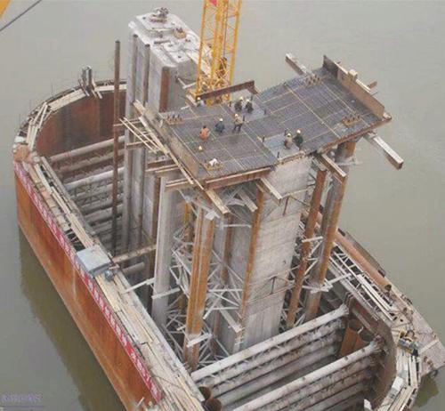 重庆桥梁挂篮厂家设计悬臂钢平台的要求是什么?